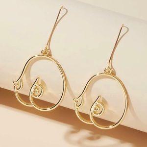3/$30 💛 Abstract Boobies Earrings